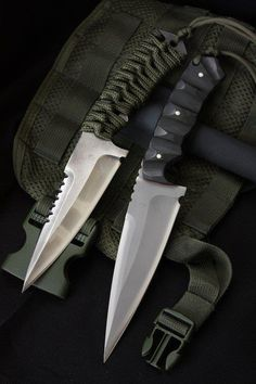 Couteaux-partage ### Sentinel by Bastinelli Knives