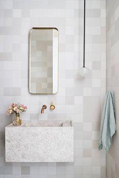 Awesome 46 Beautiful Minimalist Bathroom Design Ideas For Your Home Bad Inspiration, Bathroom Inspiration, Minimalist Bathroom, Minimalist Decor, Minimalist Living, Simple Bathroom, Bathroom Ideas, Bathroom Designs, Bathroom Makeovers