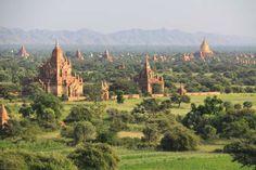 Bagan temple plain, Burma (Myanmar)