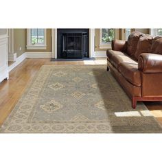 Ariel Farmhouse Hand-knotted Border Blue Wool Area Rug (6' x 9') (Blue - India - High Traffic), Size 6' x 9'