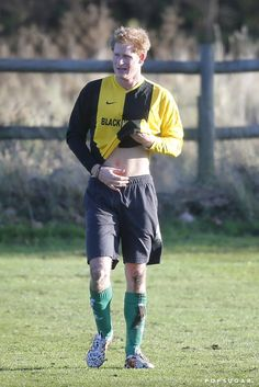 Prince Harry Flashes His Abs