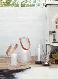 Mix the tealight holder of the range with the hurricane candle holders and candle holders for block candles in the same range, so the different heights and lights create a wonderful little eye-catching tableau. Scandinavian Vases, Scandinavian Lighting, Hurricane Lanterns, Hurricane Candle Holders, Scandinavia Design, Lanterns Decor, Decorative Lanterns, Pretty Lights, Contemporary Interior Design