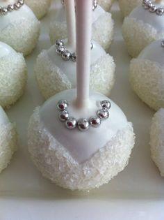 Bride cake pops for bridal shower Wedding Cake Pops, Wedding Sweets, Wedding Cookies, Cake Pop Designs, Brides Cake, Cake Bites, Cookie Pops, Oreo Pops, Mini Cakes