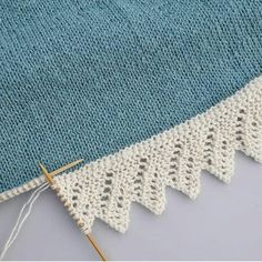 Sniker inn litt bestillingsstrikk nå i julestria, til eldstefrøkna som har teg., inn litt bestillingsstrikk nå i julestria, til eldstefrøkna som har tegnet drømmegenseren sin til meg. Baby Knitting Patterns, Knitting Stiches, Lace Knitting, Stitch Patterns, Crochet Patterns, Knitting Squares, Diy Crafts Knitting, Knitting Projects, Craft Projects