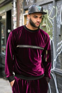 Velour Tracksuit See Big Men Fashion, Mens Fashion Suits, Dope Fashion, Mens Velour Tracksuit, Gucci Sneakers Outfit, Sport, Track Suit Men, Leggings Fashion, Types Of Fashion Styles