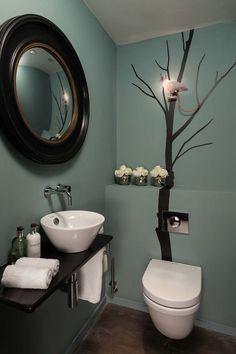 Small bathroom that transforms ideas, color for a modern bathroom .- Kleines Badezimmer, das Ideen umbaut, Farbe zum modernen Badezimmer-Design hinzufügend – home/decoration Small bathroom remodeling ideas, adding color to the modern bathroom design - Toilet For Small Bathroom, Small Bathroom Colors, Guest Toilet, Downstairs Toilet, Toilet Room, Kitchen Colors, Toilet Wall, Ideas Baños, Decor Ideas