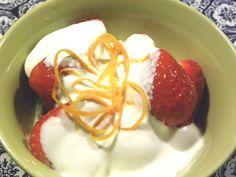 Dulcie & Cubano: Strawberries and Cream - celebrating Winbledon