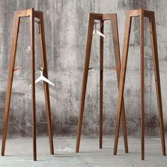 Perchero de pie / moderno / de madera M1802 MINT Light living / Rauzas Company Ltd.                                                                                                                                                                                 Más