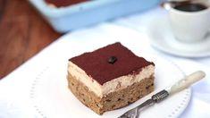 Kávés-mascarponés süti   Nosalty Cake Cookies, Tiramisu, Food And Drink, Baking, Ethnic Recipes, Sweet Stuff, Hungary, Mascarpone, Bakken