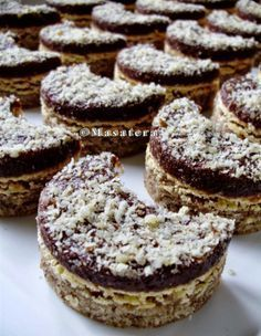 Czech Christmas cookies - Nut crescents with egg cream and chocolate #czechia #sweets #cookies Czech Desserts, Sweet Desserts, Sweet Recipes, Albanian Recipes, Croatian Recipes, Baking Recipes, Cookie Recipes, Dessert Recipes, Macedonian Food