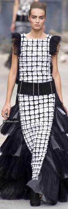 d6f0482f603c Лучших изображений доски «CHANEL»  600   High fashion, Couture ...