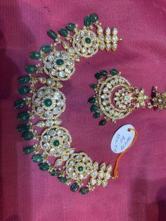 Gold Rings Jewelry, Pearl Jewelry, India Jewelry, Jewlery, Classic Bridal Jewellery, Bridal Jewelry, Gold Bangles Design, Gold Jewellery Design, Gold Necklace Simple