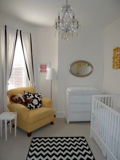 Black & white nursery with a hint of yellow