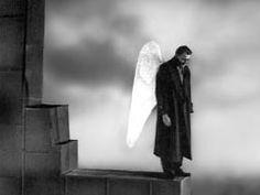 ベルリン・天使の詩。 Wings of Desire. My most favorite movies.