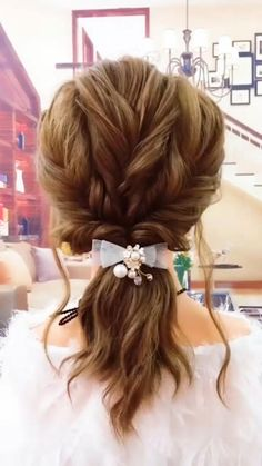 Easy Everyday Hairstyles, Easy Hairstyles For Long Hair, Girl Hairstyles, Braided Hairstyles, Easy Wedding Hairstyles, Easy Updos For Medium Hair, Updo Hairstyle, Short Hairstyle Tutorial, Easy Elegant Hairstyles