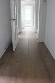 This unfinished wide plank floor is certainly an interesting design approach. Types Of Wood Flooring, Wide Plank Flooring, Engineered Hardwood Flooring, Hardwood Floors, Diy Flooring, Flooring Ideas, Hardwood Floor Colors, White Oak Floors, European Home Decor