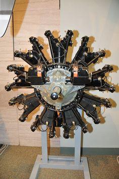 Un motor aeronáutico o motor de aviación es aquel que se utiliza para la propulsión de aeronaves mediante la generación de una fuerza de empuje. Existen distintos tipos de motores de aviación aunque se dividen en dos clases básicas: motores recíprocos (o de pistón) y de reacción. Recientemente y gracias al desarrollo de la NASA y otras entidades, se ha comenzado también la producción de motores eléctricos para aeronaves que funcionen con energía solar fotovoltaica.