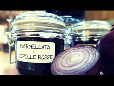 MARMELLATA DI CIPOLLE ROSSE FATTA IN CASA DA BENEDETTA - YouTube Fruit Roll Ups, Sweet Sauce, Fruit And Veg, Canning Recipes, Food Videos, Mason Jars, Food And Drink, Homemade, Cooking