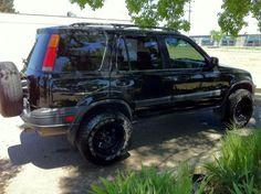 CA 1999 HONDA CRV with lift, bigger tires and new wheels: