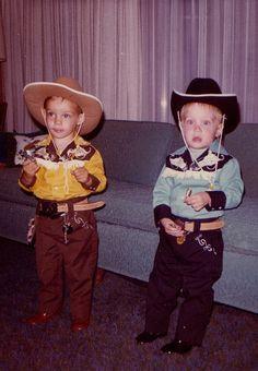 +~ Vintage Color Photograph ~+  Adorable pair of Buckaroos! 1973