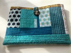 I made a fun little QAYG purse this morning with scraps from the LongJohn quilt. Its inches and has been filled with lovely secret thin. Fabric Handbags, Fabric Purses, Fabric Bags, Fabric Scraps, Quilted Tote Bags, Denim Tote Bags, Patchwork Bags, Big Block Quilts, Diy Bags Purses