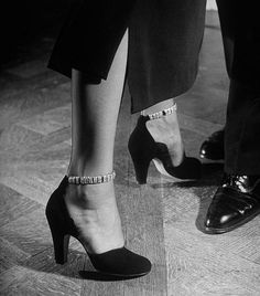 Nina Leen 1948 Shoes Addicted |2013 Fashion High Heels|