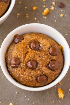 Healthy ONE Minute Pumpkin Mug Cake- Light, fluffy and moist on the inside and LOADED with pumpkin flavor- NO butter, NO oil, NO sugar and NO flour! Oven option too and single serve! {vegan, gluten free, sugar free, paleo recipe}- thebigmansworld.com