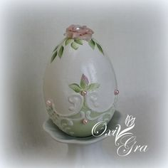 Oxi po raz pierwszy: Pisanki Egg Crafts, Easter Crafts For Kids, Types Of Eggs, Egg Shell Art, Easter Egg Designs, Easter Parade, Kanzashi, Egg Art, Shell Crafts