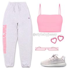 sweat pants outfit for school sweatpants Cute Lazy Outfits, Cute Swag Outfits, Dope Outfits, Girly Outfits, Retro Outfits, Stylish Outfits, Teenager Outfits, Jugend Mode Outfits, Mode Chanel