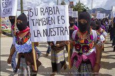 El EZLN y la sociedad civil organizada iluminan Chiapas por normalistas asesinados y desaparecidos y yaquis presos