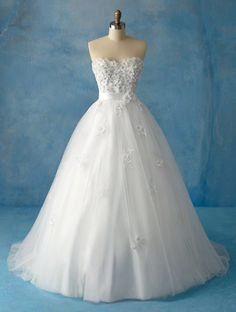 "Alfred Angelo Style 207 ""Snow White"" Wedding Dress $1099"