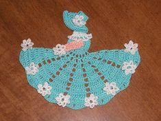 DOILY DOILIES CROCHET Ravelry: cozyhomelife's Crinoline Lady Doily (handkerchief pattern)