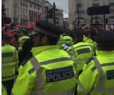 """Wow! Londoners Chant """"Donald Trump, We Love You!"""" After Latest Terrorist Attack (Video)"""