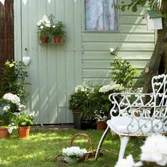 Amazing and Unique Tips Can Change Your Life: Backyard Garden Layout Planters backyard garden retreat reading nooks.Backyard Garden Oasis Lawn backyard garden shed man cave. Garden Images, Garden Pictures, Painted Shed, Shed Colours, Fence Paint Colours, Garden Cottage, Small Gardens, Modern Gardens, Easy Garden