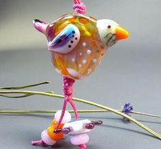 How adorable!  Manuela Wutschke • Glass Artist: Lucky
