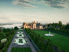 Discover the wonders of Biltmore™ in Asheville. Begin with the breathtaking beauty of 250-room Biltmore House — America's largest home® — and century-old gardens. Explore the 8,000-acre backyard through a variety of activities from horseback riding to rafting. Experience  Antler Hill Village that connects the estate's present and past, providing a relaxing place for dining, shopping, historical exhibits, and new ways to enjoy Biltmore's hospitality. Finally, savor the long-lasting benefits…