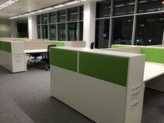 Hochcontainer mit Akustikelement und Farbe by kühnle'waiko #office #furniture #workspace #interior #design #acoustic