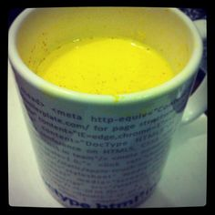 Mom's recommended drink for Common Cold. Hot Milk + Turmeric Powder.     http://biocurmin.blogspot.com/2013/03/tac-dung-cua-nghe-trong-dieu-tri-viem-hang-vi-da-day.html