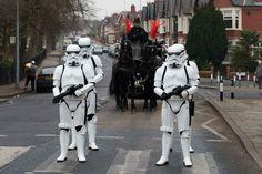 Fã de Star Wars pede para ter Stormtroopers em seu funeral e tem desejo atendido | Geek Project