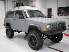 Uh yes please? : Have you ever seen something so beautiful? Coated in NFI Hardliner front/rear bumper And tire carrier Lifted NFI Empire Diff Cover Jeep Xj Lift, Modificaciones Jeep Xj, Jeep Xj Mods, Jeep 4x4, Lifted Xj, Lifted Jeep Cherokee, Jeep Grand Cherokee, Suv Cars, Jeep Cars
