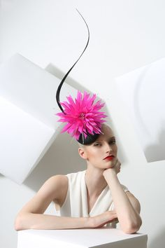 Philip Treacy S/S 2015. To see the source оf this item click on the picture. Please also visit my Etsy shop LarisaBоutique: www.etsy.com/shop/LarisaBoutique Thanks!