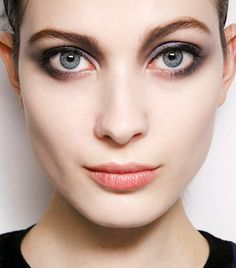 The RIGHT Way to Apply Eyeliner for Your Eye Shape [Article] Pictured is the Round Eye shape.