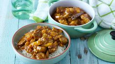 Try out this pork curry with a sweet and chilli flavour. It costs less and makes a great weekend treat for the family. Chili Recipes, Pork Recipes, New Recipes, Curry In A Hurry, Pork Curry, Good Food, Yummy Food, Curry Dishes, Pinterest Recipes
