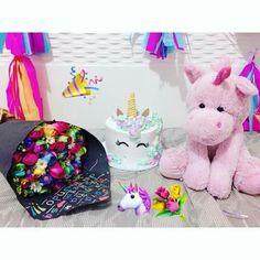 Friend Birthday Gifts, Chocolate Gifts, Loving U, Ideas Para, Birthday Ideas, Cool Pictures, Anna, Teddy Bear, Victoria