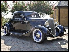 1934 Ford 3 Window Coupe - (Ford Motor Company, Dearborn, Michigan 1903-present)