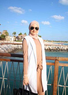 Modern Hijab Fashion, Street Hijab Fashion, Arab Fashion, Hijab Look, Hijab Style, Hijab Chic, Girl Hijab, Hijab Outfit, Hijab Collection