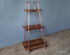 Copper Pipe Freestanding Pyramid Shelves in an Industrial / Urban / Vintage Style. 3 section Shelf Unit with African Sapele Hardwood. Craft Shelves, Pipe Shelves, Wood Shelves, Copper Shelving, Display Shelves, Display Ideas, Free Standing Shelving Units, Handmade Shelving, 15mm Copper Pipe
