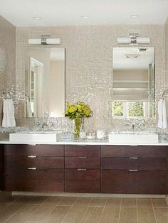 Fantastisch Here You Will Find Beautiful Bathroom Tile Backsplash Ideas For Your Home  Just A Band Of Tiles. Very Stylish Backsplash