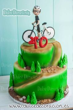 Have to remember this for my husbands birthday. 40th Birthday Cakes For Men, 40th Cake, 50th Birthday, Bicycle Cake, Bike Cakes, Cakepops, Mountain Bike Cake, Sport Cakes, Different Cakes