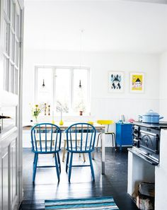 "A danish-styled kitchen in swedish ""Hus & Hem"""